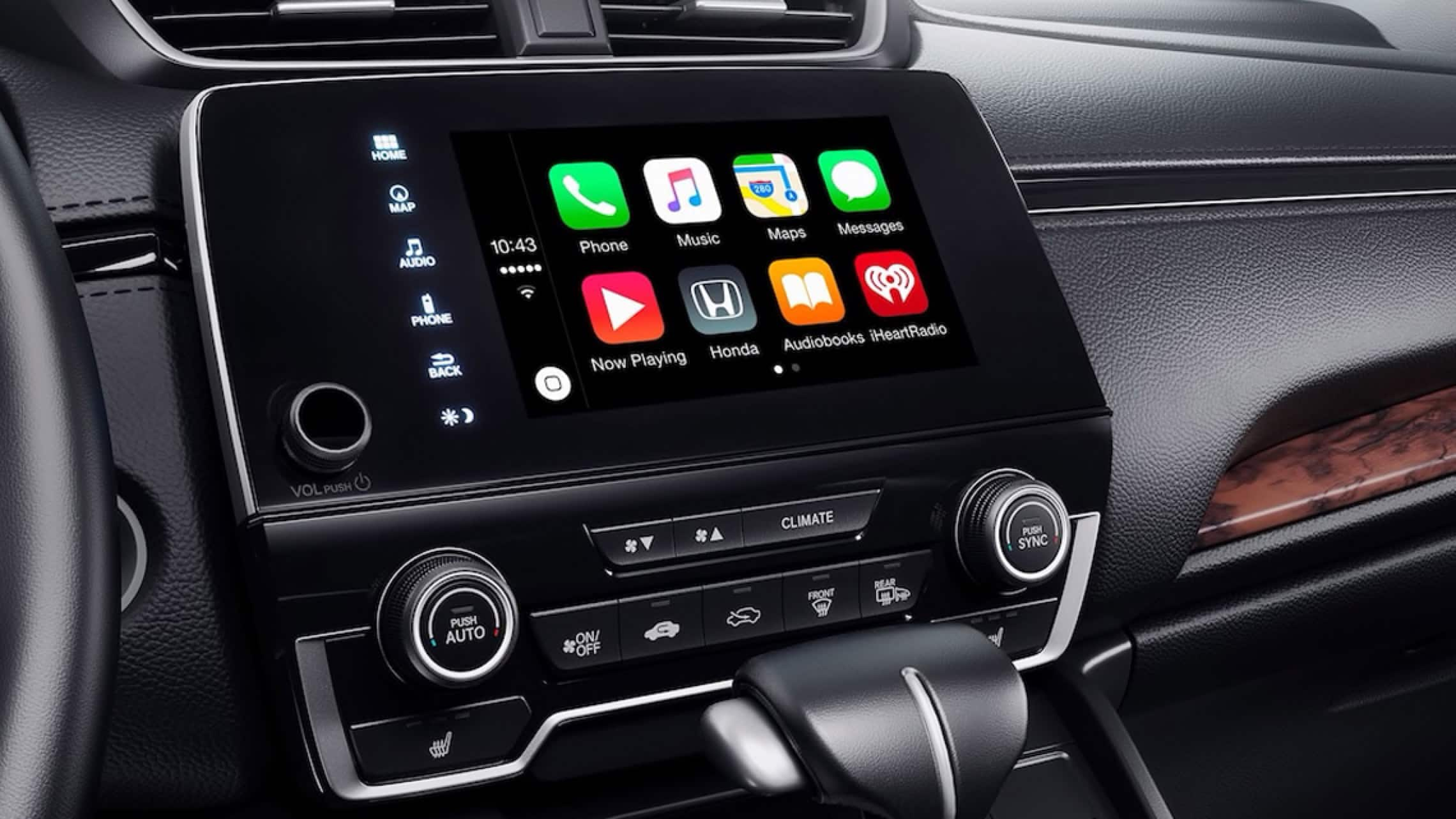 Sistema de audio en pantalla táctil con menú de integración con Apple CarPlay® en la Honda CR-V 2019.