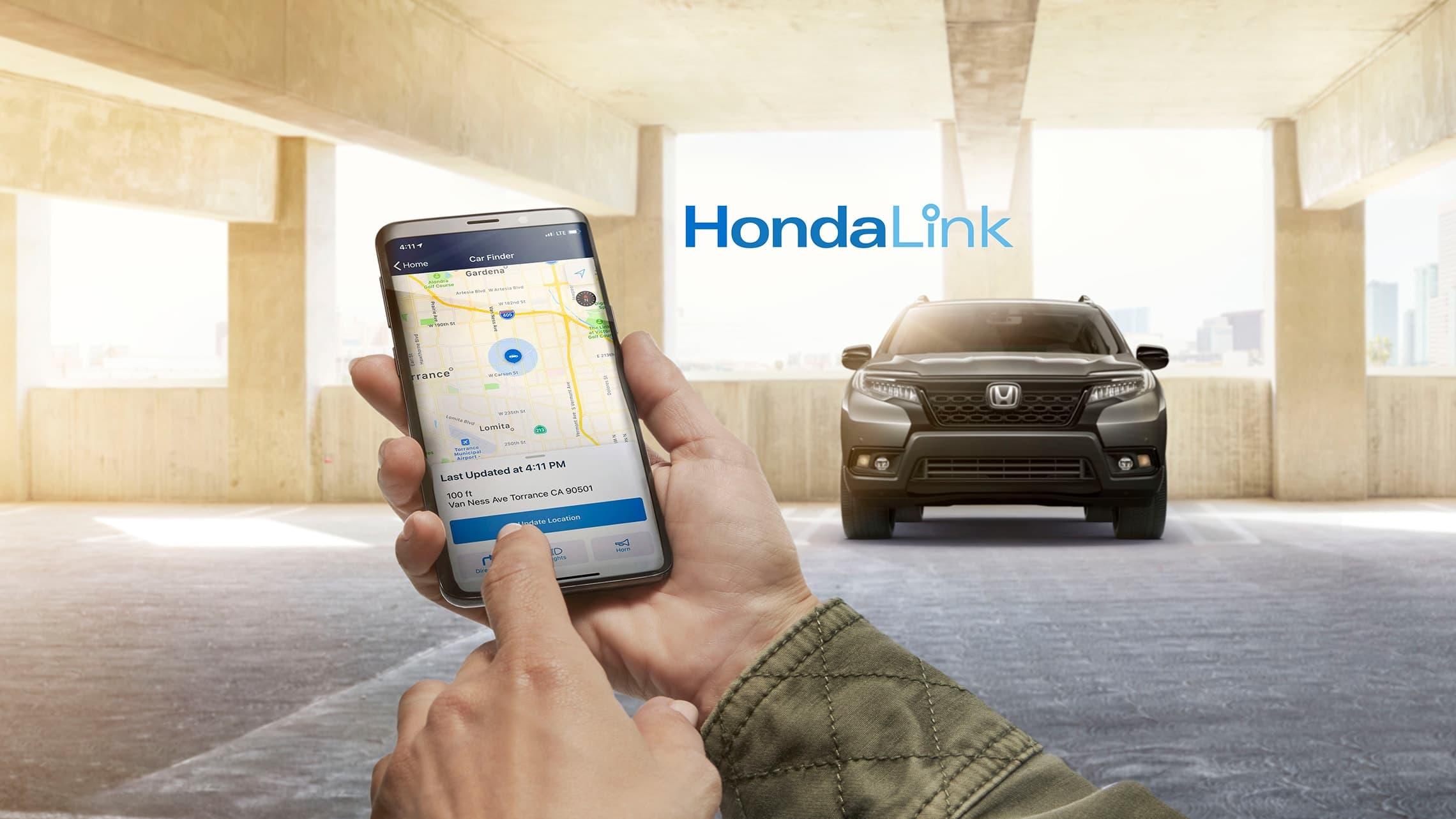 Detalle de demostración de la función HondaLink® en el teléfono móvil.